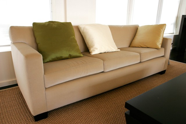 how to do upholstery work